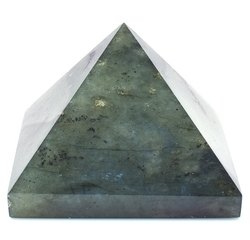 Labradorit pyramida 63 x 61 mm